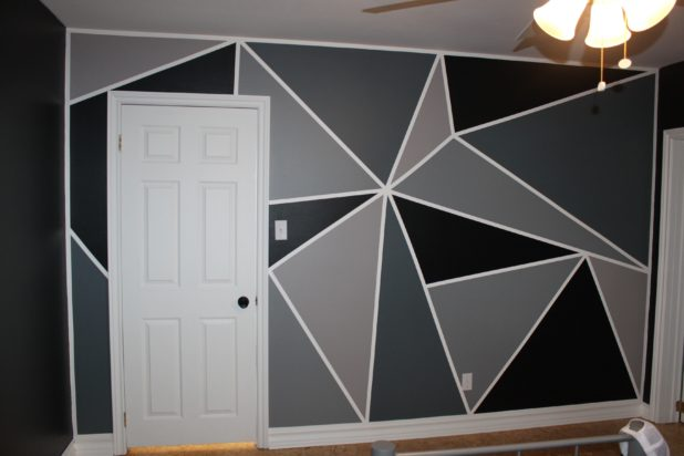 Bedroom Makeover Part 3 How To Paint A Feature Wall
